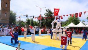 SİİRT'TE 19 MAYIS COŞKUSU