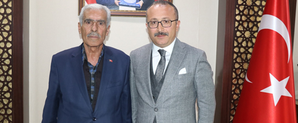 ŞEHİT POLİS FETHİ SEKİN'İN BABASINDAN VALİ ATİK'E ZİYARET
