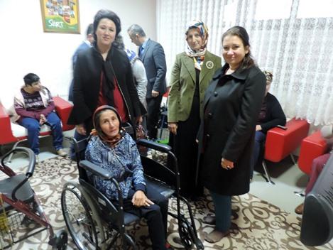 VALİ ATİK'İN EŞİ FULYA ATİK'TEN ENGELLİLERE ZİYARET