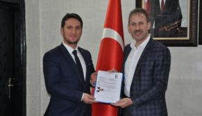 """SİİRT AK BELEDİYECİLİKTEN NASİBİNİ ALAMADI"""