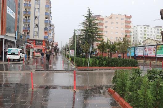 KORONA VİRÜSÜ SİİRT'İ ADETA HAYALET ŞEHRE DÖNÜŞTÜRDÜ!..