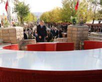 HELİKOPTER KAZASINDA ŞEHİT OLAN 17 MEHMETÇİK, UNUTULMADI