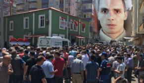 SİİRT'TE TRAFİK KAZASINDA HAYATINI KAYBEDEN UZMAN ONBAŞI SON YOLCULUĞUNA UĞURLANDI