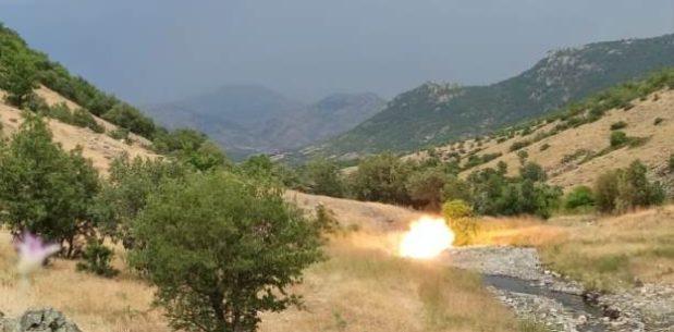 BAYKAN'DA PKK'LI TERÖRİSTLERCE KAYALIKLARA GİZLENMİŞ HAVAN MÜHİMMATI İMHA EDİLDİ