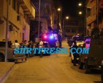 SİİRT'TE UYUŞTURUCU TACİRLERİ İHBARA ÇAĞIRDIKLARI POLİS İLE ÇATIŞTI